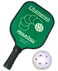 pickleball-ball-and-paddle